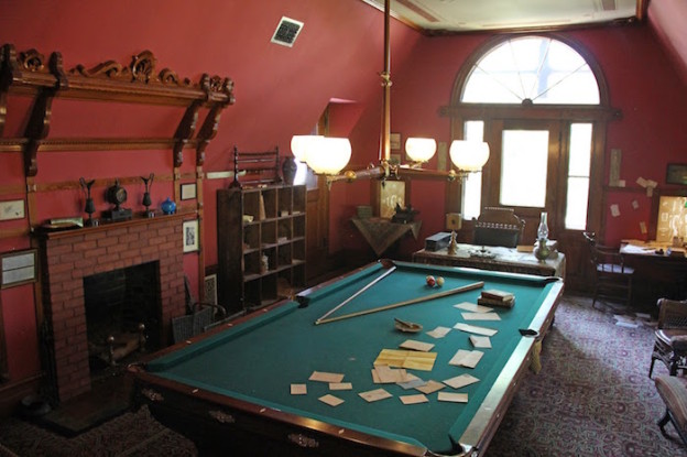 Mark Twain's desk and billiards table